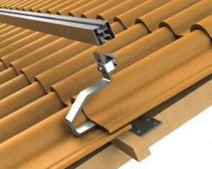 Corrosion-resistant roof mounting system with adjustable rail height