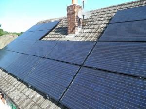 16 x Yingli 250W solar panels