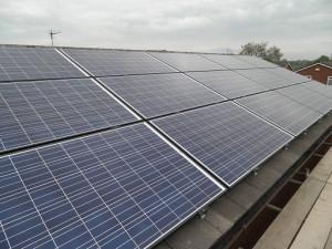 15 x Winaico 250W solar panels