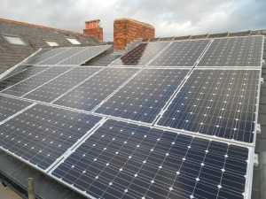 16 x Hyundai 245W solar panels