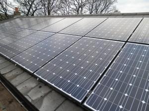 18 x Hyundai 218W solar panels