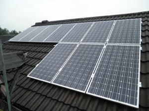 10 x CSUN 200W solar panels